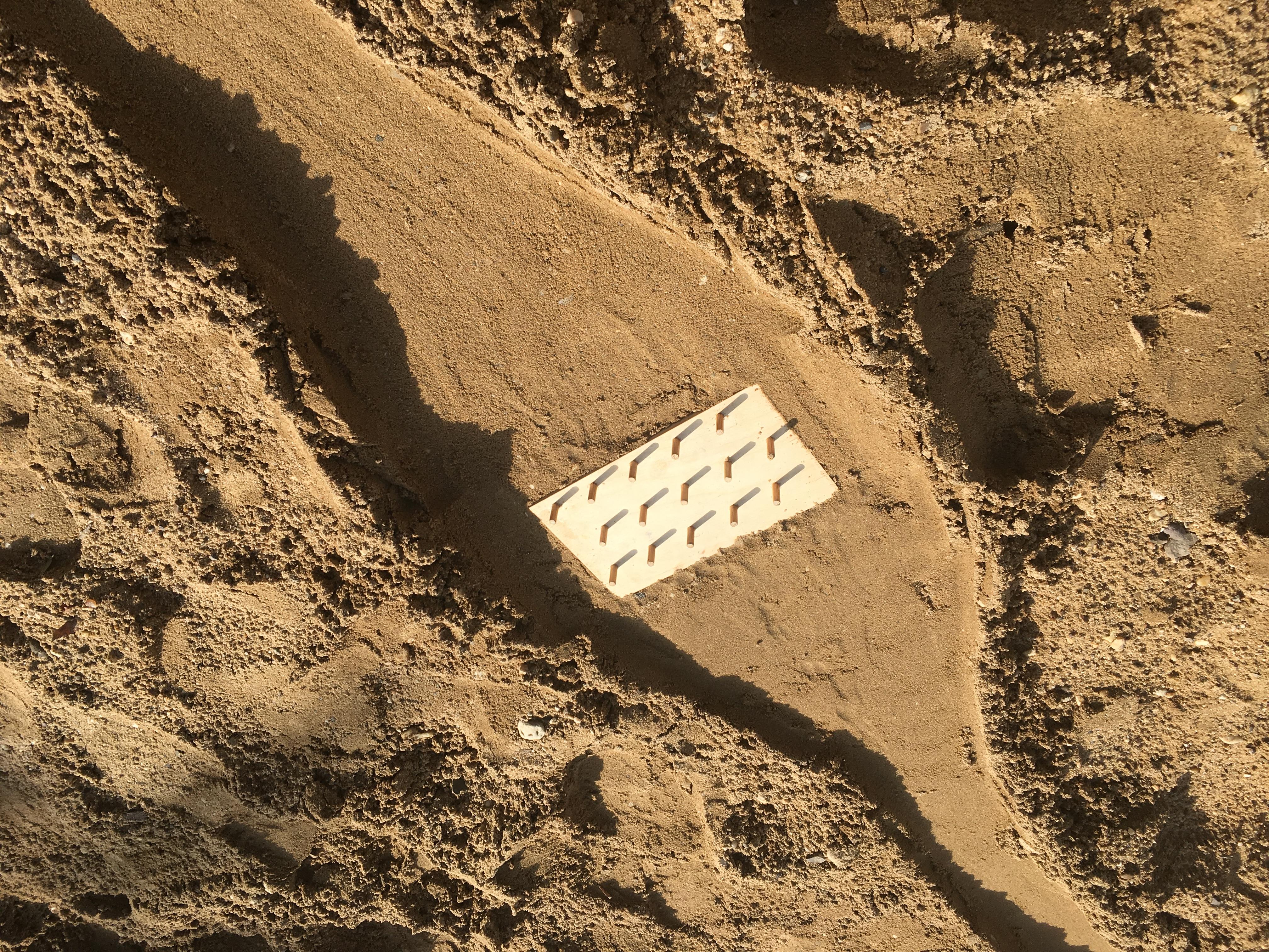 Plinko Board (Sand Rally)