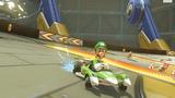 MK8 Screenshot Luigi im Rennwagen