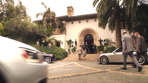 Ian Quinn's mansion.png