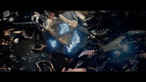 Vingadores Era de Ultron - 1° Comercial