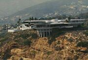 Mansión de Tony Stark en Malibu (Tierra-199999).jpg