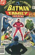 Batman Family v.1 16