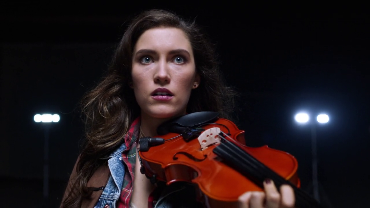 Izzy Bowin (Arrowverse)