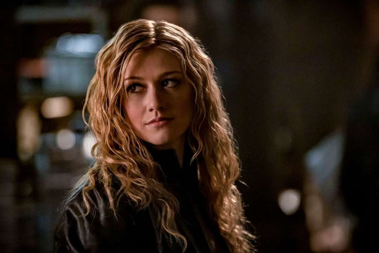 Mia Smoak Arrow 002.jpg