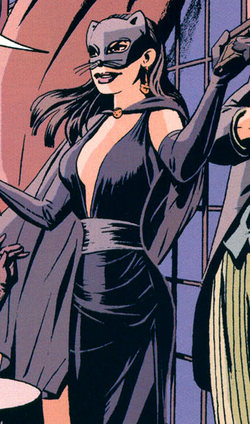 Catwoman Detective 27 001.png