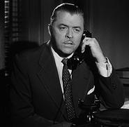 Commissioner Gordon Batman Serial 001