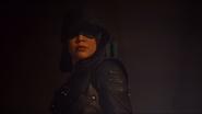 Emiko Queen Arrow 002