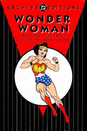 Wonder Woman Archives, Volume 4