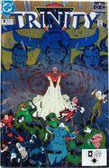 DC Universe Trinity 2