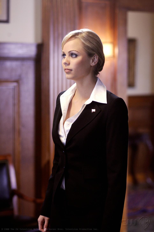 Kara Zor-El (Smallville: Apocalypse)
