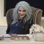 Leslie Willis (Supergirl TV Series) 001