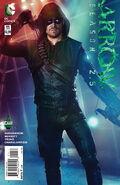 Arrow Season 2.5 Vol 1 11