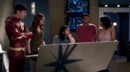 Team Flash Arrowverse 001