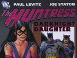 Huntress: Darknight Daughter (Collected)