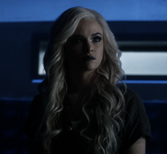 Caitlin Snow Arrowverse The Once and Future Flash 0001