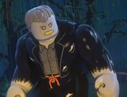 Cyrus Gold Lego DC Heroes 0001
