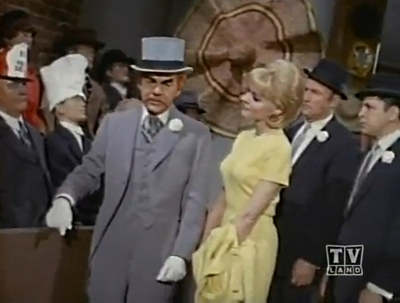 Batman (1966 TV Series) Episode: The Thirteenth Hat