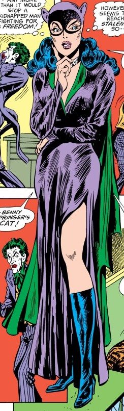 Catwoman Earth-One 02.jpg