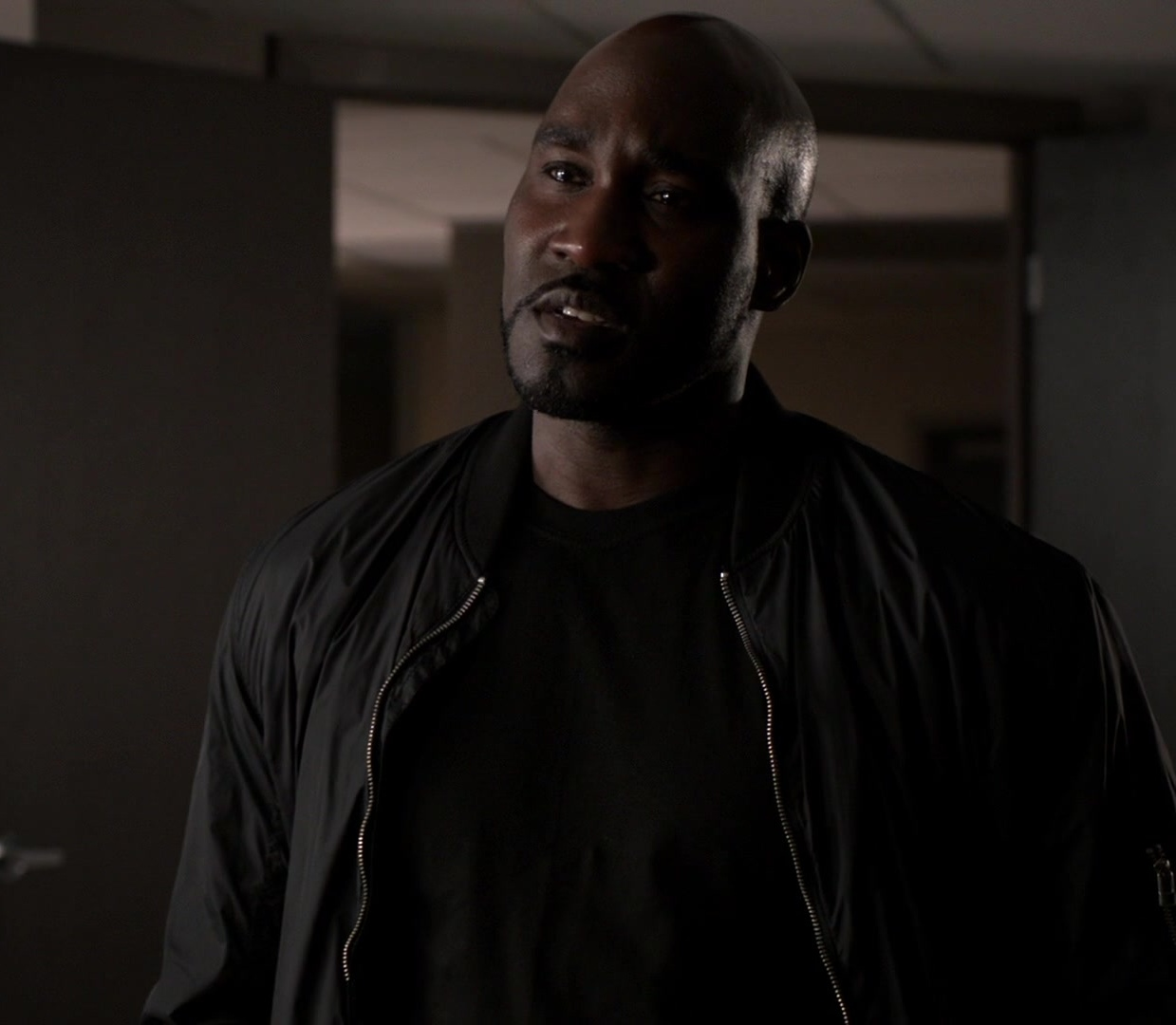Robert DuBois (Arrowverse: Earth-38)
