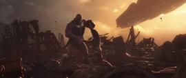 Stark intenta apuñalar a Thanos