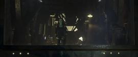 Gamora observa la partida de Nebula