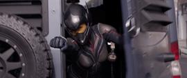 Hope dispara discos de Partículas Pym