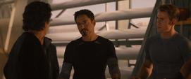 Stark habla de Klaue