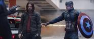 Capitán América y Bucky son arrestados
