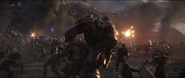 Drax apuñala a Obsidian