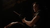 Aida empieza a cortar a Ivanov