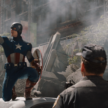 Capitan America liderando a los policias.png