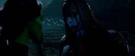 Ronan hablando con Gamora