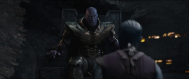 Thanos se reúne con Nebula 2 -AE