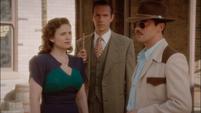 Carter, Jarvis y Stark en la película