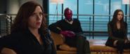 Romanoff escucha a Stark