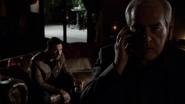 Malick habla con Price por teléfono