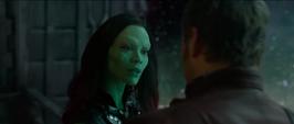 Gamora habla con Peter