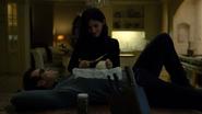 Murdock y Elektra hablando