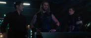 Stark Thor y Steve en el Quinjet