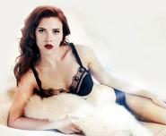 IM2 - Natasha Modelo