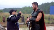 Joe Russo & Chris Hemsworth (Infinity War BTS)