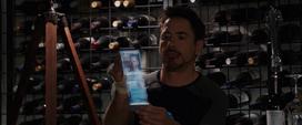 Stark investiga sobre Killian