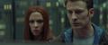 Rogers y Romanoff hablando con Zola