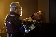 Malick aplasta el cráneo de Hamilton