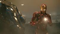 Iron Man lucha contra Rhodes