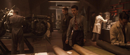 Stark y Rogers en el taller