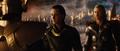 Loki trata de negociar con Heimdall