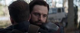 Barnes abrazando a Rogers