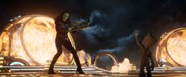 Gamora saluda a Groot