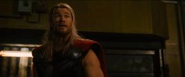 Thor negocia con Ultrón